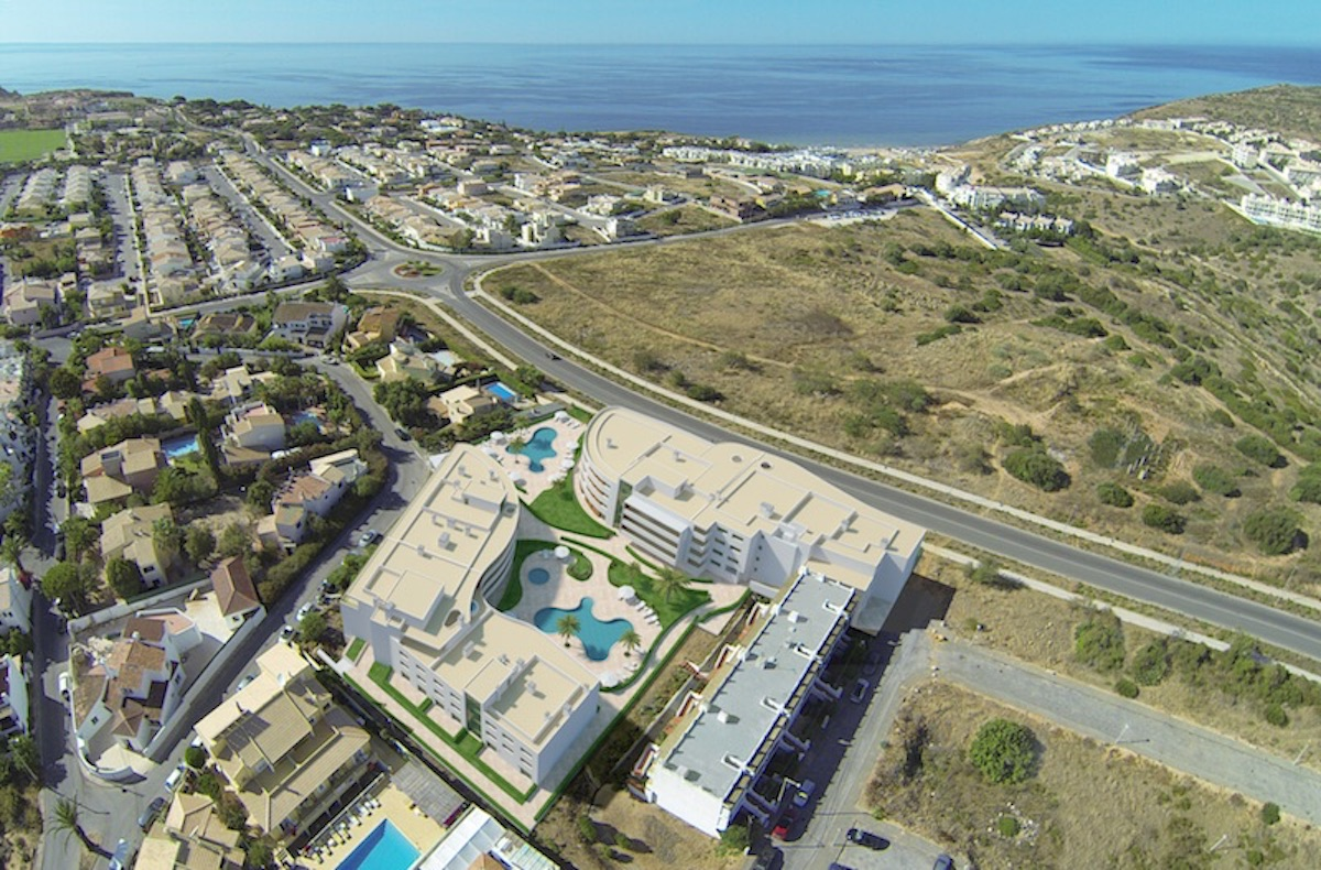 Luxury 1 bedroom apartment in Porto de Mós Beach  Condominium