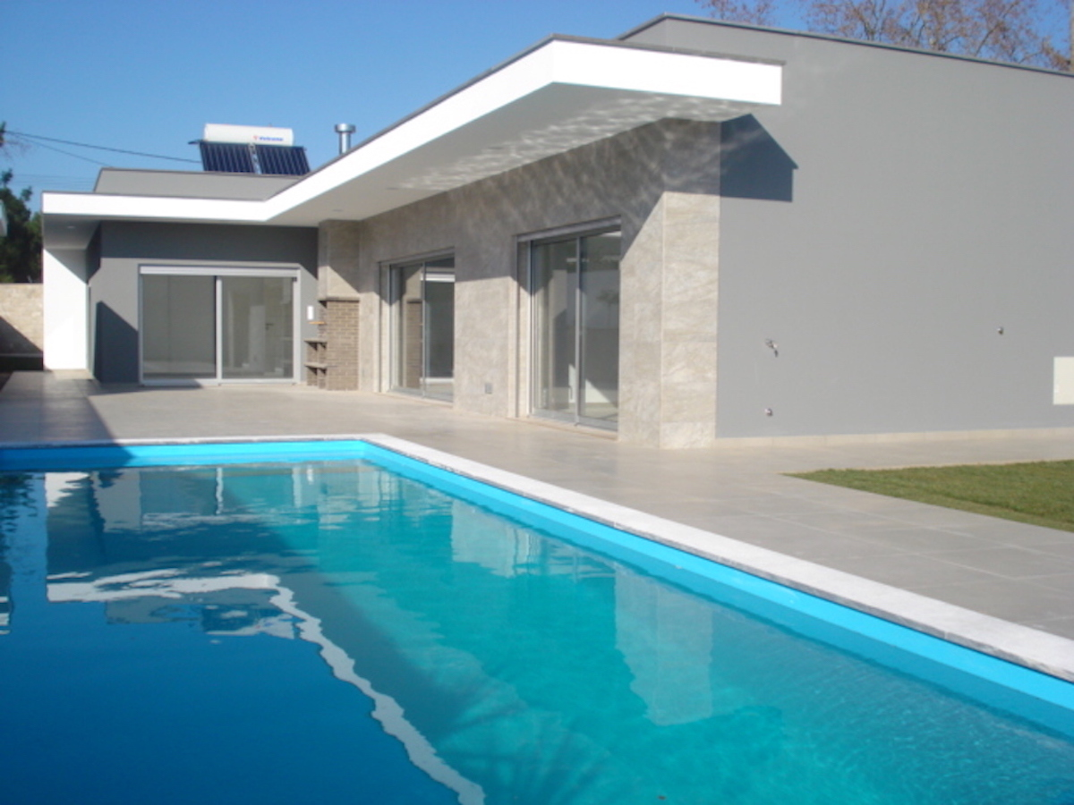Modernist villa for sale Nadadouro Silver Coast