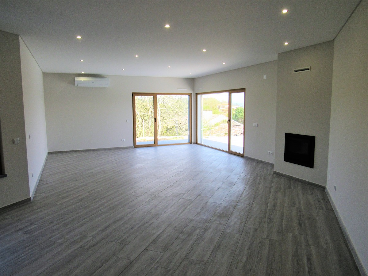 Contemporary 3 Bedroom house for construction