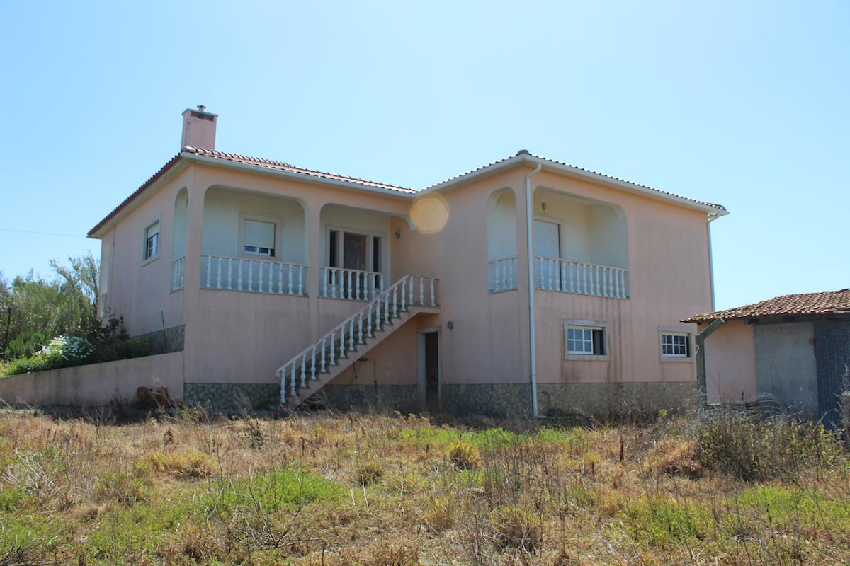 Grande maison avec vue sur la mer à proximité de Areia Branca Lourinhã