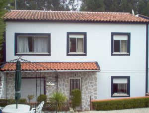 Traditional house beside Caldas da Rainha Silver Coast