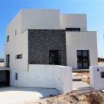 Contemporary detached villa 10 minutes from the beach Silver Coast