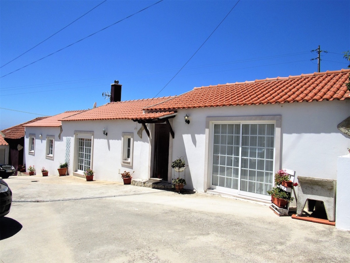 House and B&B with excellent potential Silver Coast