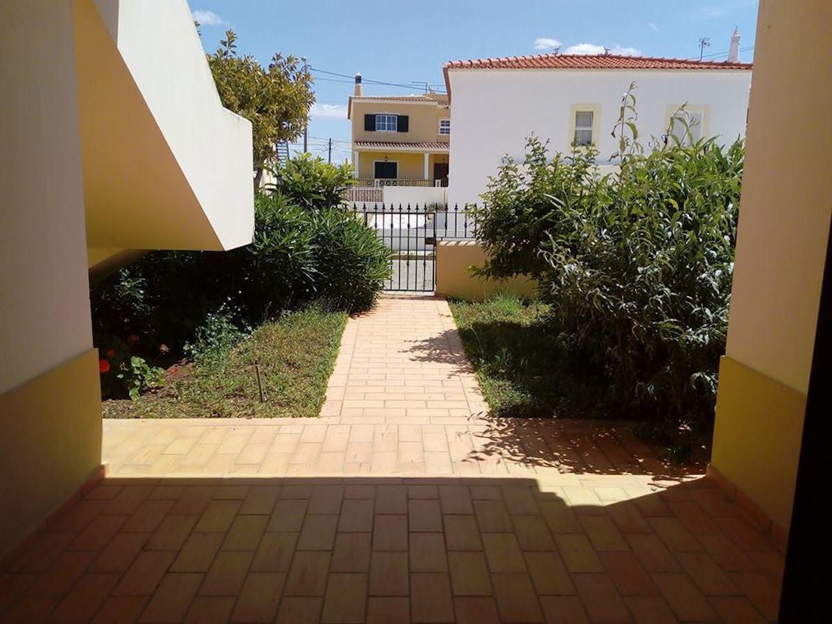 2 bedroom apartment in Armação de Pêra Algarve