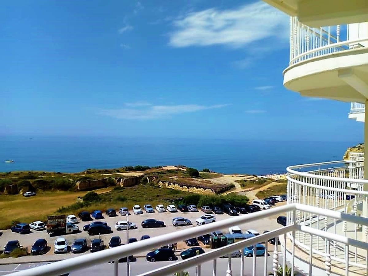 Seafront apartment in Armação de Pêra Central Algarve