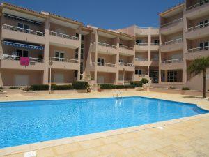 Duplex apartment with sea views in Sao Martinho do Porto