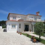 Excellent villa next to Caldas da Rainha for sale