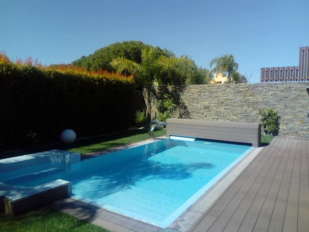 V4 + 1 House in Olhos d'Agua