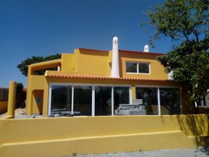 Villa 5 bedrooms completely renovated in Albufeira