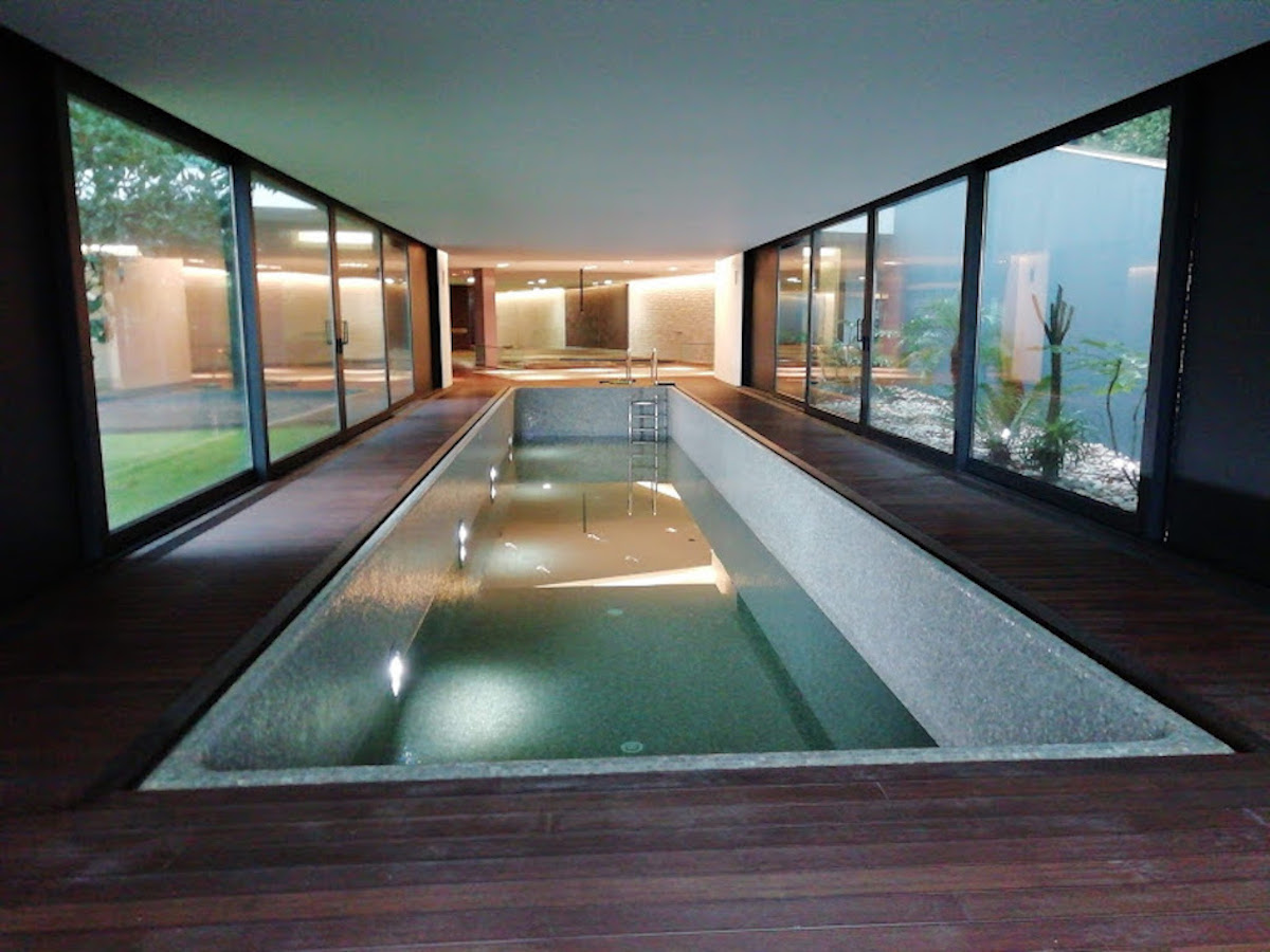 Contemporary style luxury villa with pool and indoor Jacuzzi