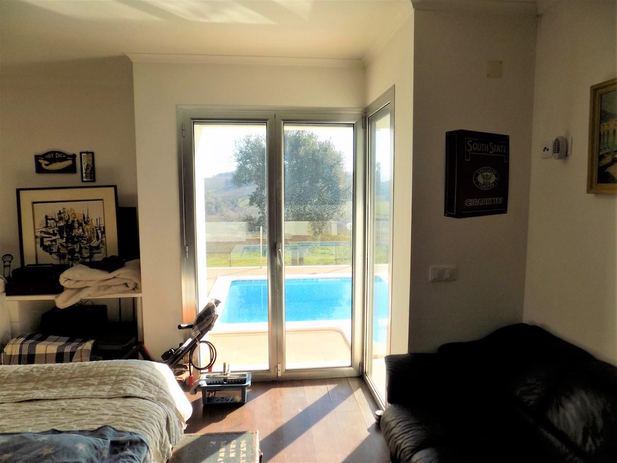 Contemporary designer villa close to Alcobaça