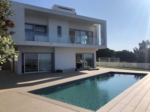 Modernist property Caldas da Rainha